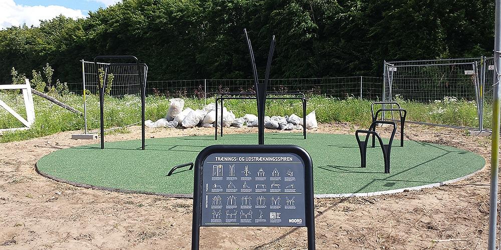 udendørs motionsredskaber skovbyskoven Galten