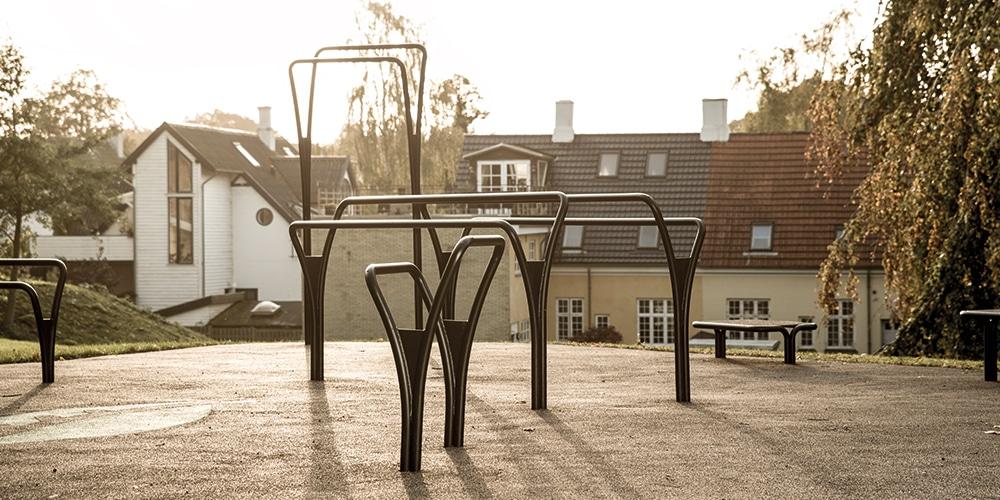 Vi designer udendørs fitnessparker til Crossfit, cirkeltræning og calisthenics