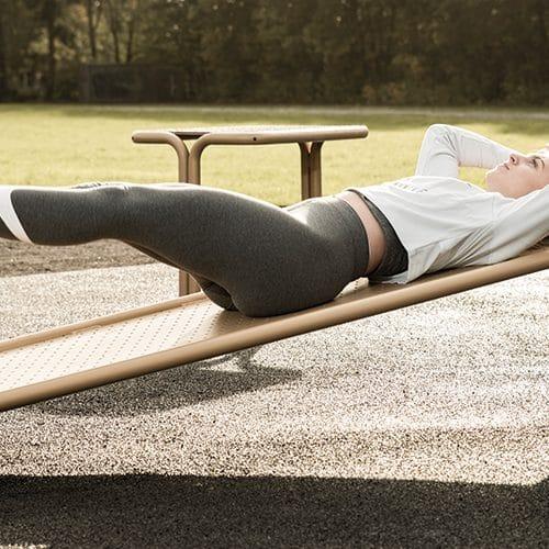 Udendørs fitnessredskab til mave øvelser Træningsredskaber til fitness