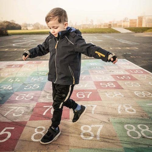 termoplast leg på streg og andre sjove lege til skolegården